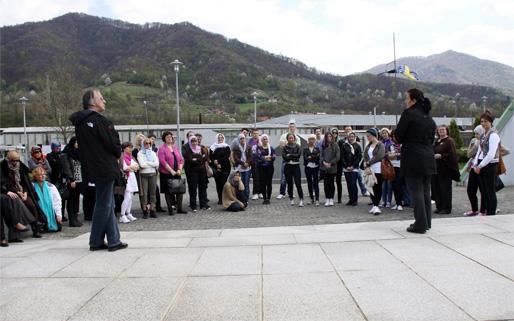 Amra Begić – Föreläsning om Srebrenicas folkmord