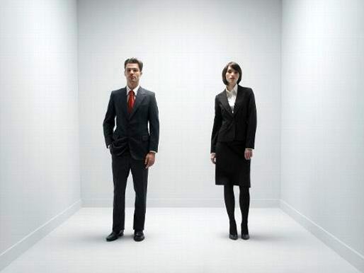 Jämställdhet: arbetande mannen och kvinnan, sida vid sida (Foto: Belga/Science)