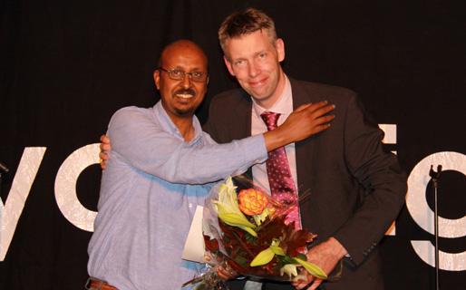 Abdullahi Mahamoud och Jonatan Hjort (NBV:s förbundsordförande)