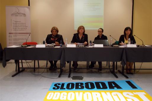 Lajla Zaimović-Kurtović, Besima Borić, Gordana Vidović och Svjetlana Marković presenterar plattformen